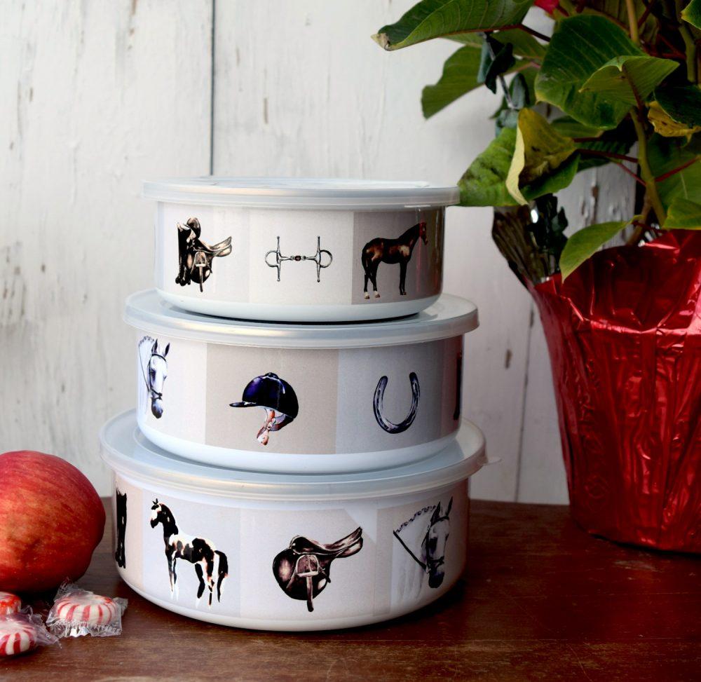 Equestrian bowls